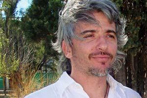 Rolando González-José