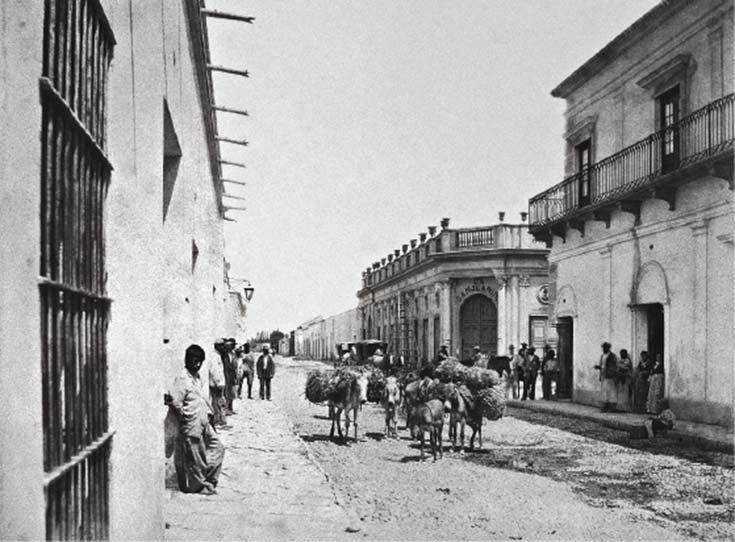 Calle Tucumán en la esquina de Buenos Aires, San Juan. Foto de Christiano Junior, 1880, archivo provincial, Mendoza.