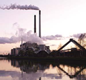Generación eléctrica con carbón en Datteln, Alemania. Foto Arnold Paul, Wikimedia Commons.