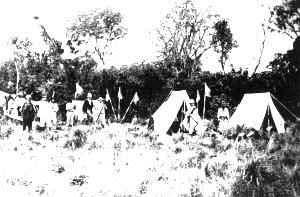CAMPAMENTO EN LAS INMEDIACIONES DEL RIO ORO, INTERIOR DEL CHACO FUENTE : Melitón González, 1890, OP CIT
