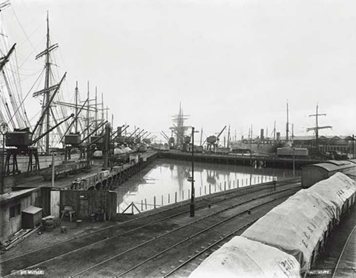 Puerto Ingeniero White. Foto de HG Olds, ca. 1901, cortesía Ediciones de la Antorcha.