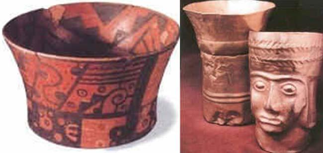 Izq.: Vasija de cerámica pintada, con motivos tiwanacotas halladas en una tumba de San Pedro. Der.: Keros (vasos) de oro, típicos objetos usados por la sociedad Tiwanaku, hallados en tumbas de San Pedro.  Tomados de Tesoros de San Pedro de Atacama - Museo Chileno de Arte Precolombino.