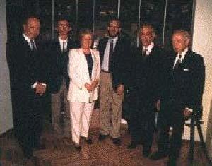 De Izquierda a derecha : Ing. Carlos Baron, Dr. Aníbal Gattone,  Dra. Lilia Retegui, Dr. Miguel de Asúa,  Dr. Armando Mendizábal, Ing. Antonio Marín