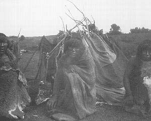 INDIENAS, CA. 1895 SOCIEDAD FOTOGRÁFICA ARGENTINA DE AFICIONADOS COL. A.G.N.
