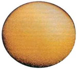 Foto de Titán obtenida por la Voyager I aproximadamente a 4,5 millones de kilómetros de distancia.